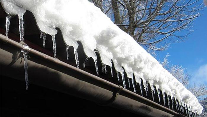 How To Use Snow Rakes